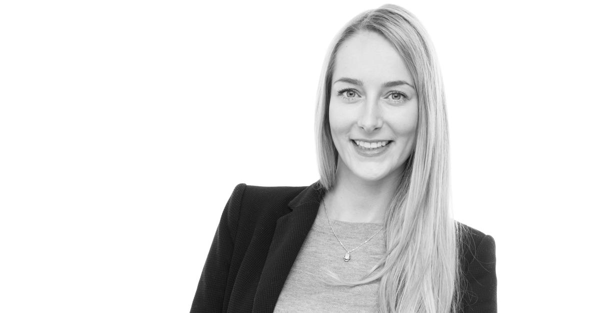 Employee Spotlight: Julia Winkler (26), Social Selling Coach, Full-time